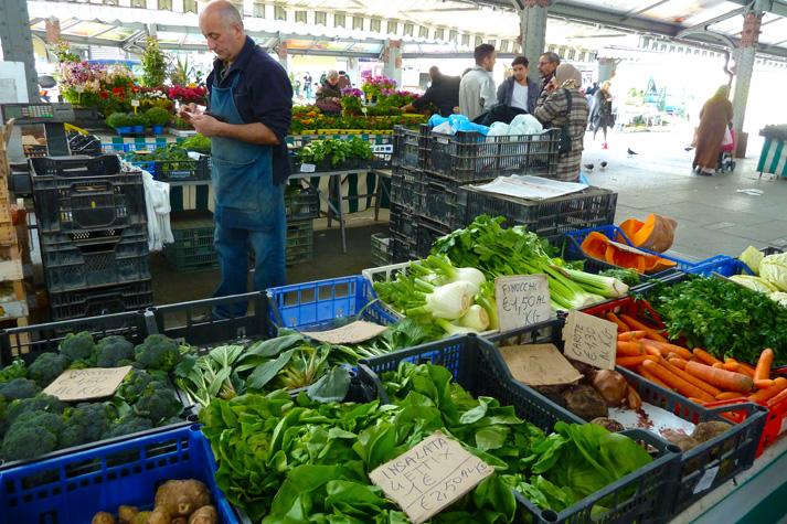 Mercato contadino di Porta Palazzo. © Vincenzo Reda.