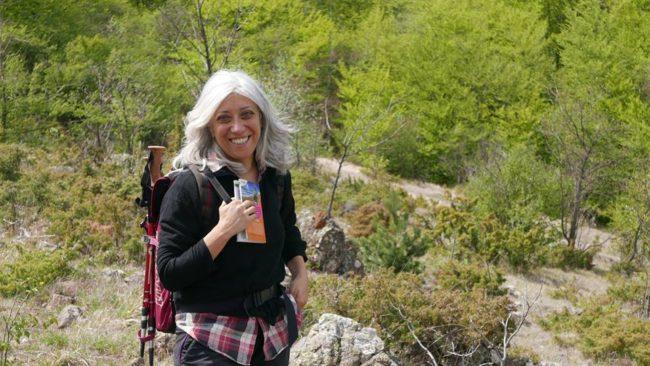 Antonella Gallino in un trekking esplorativo