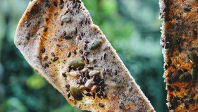 Cracker fatti in casa senza lievito e senza glutine