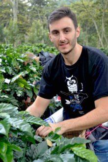 Giovanni Corsini in visita a una piantagione - Caffè Agust