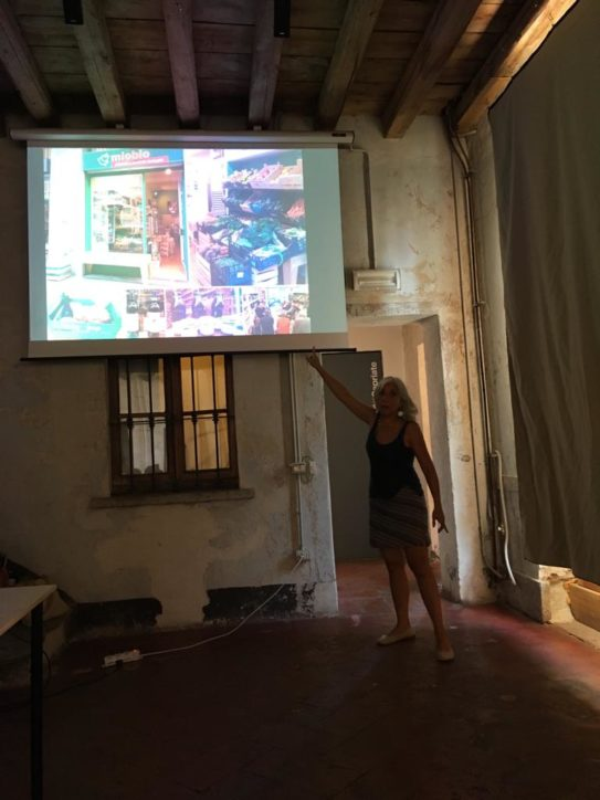 Antonella Gallino parla a Cascina Cuccagna - Milano