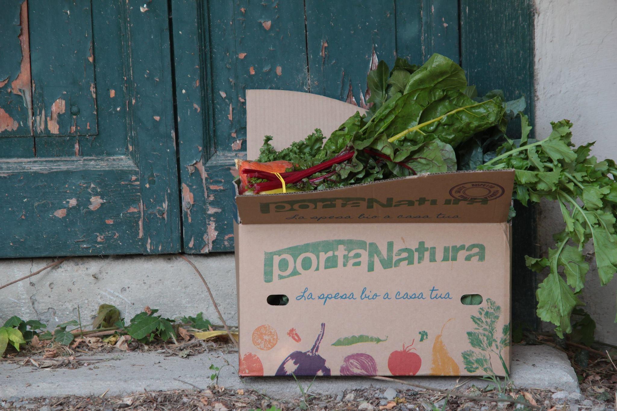 Cassetta di frutta e verdura biologica a domicilio PortaNatura